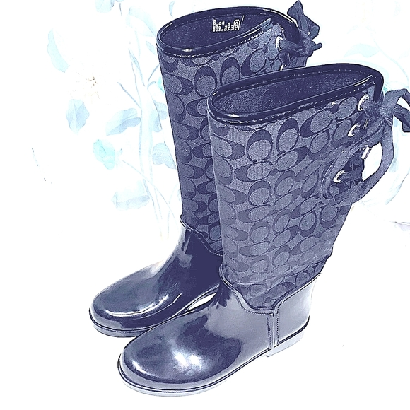 COACH TRISTEE BLACK RAIN BOOTS SZ 8 B